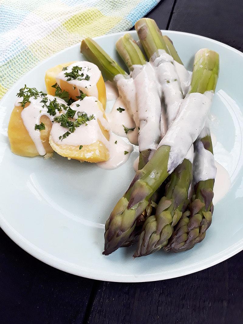 Vegan Asparagus Hollandaise Sauce Recipe 2