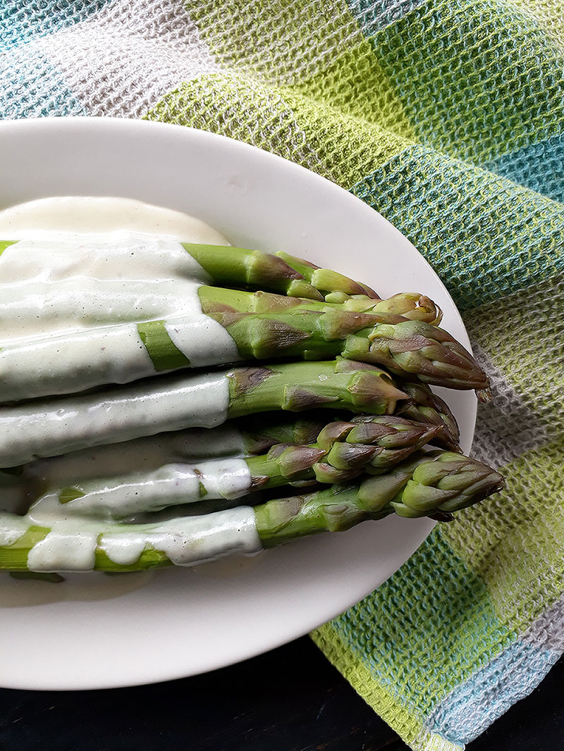 Vegan Asparagus Hollandaise Sauce Recipe