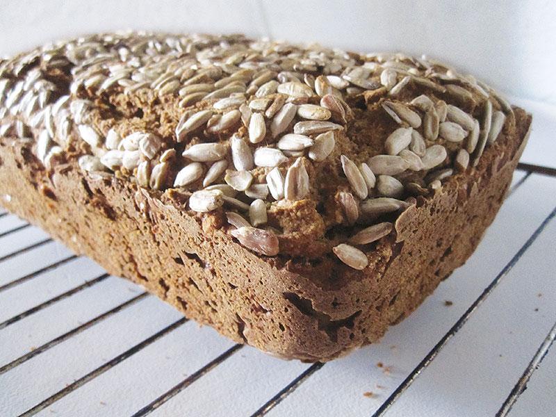 Veganes Glutenfreies Sonnenblumenkern Brot Rezept 2