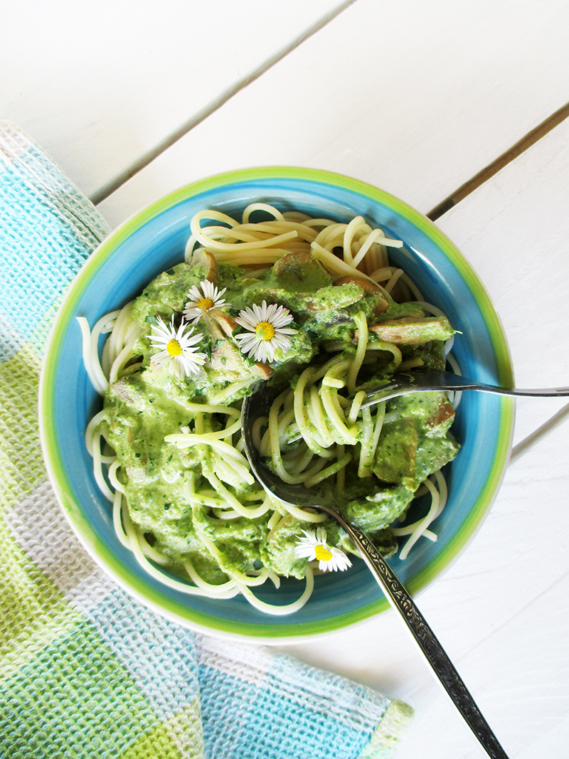 Vegane Glutenfreie Cremige Pilz Mangold Pasta Sosse Ohne Milch Rezept 1