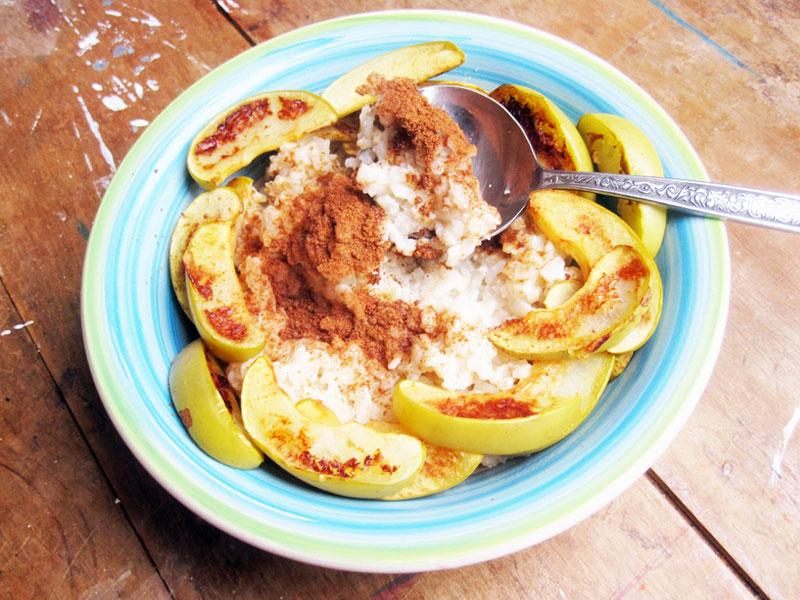 Veganer Glutenfreier Reis Porridge Apfel Zimt 1