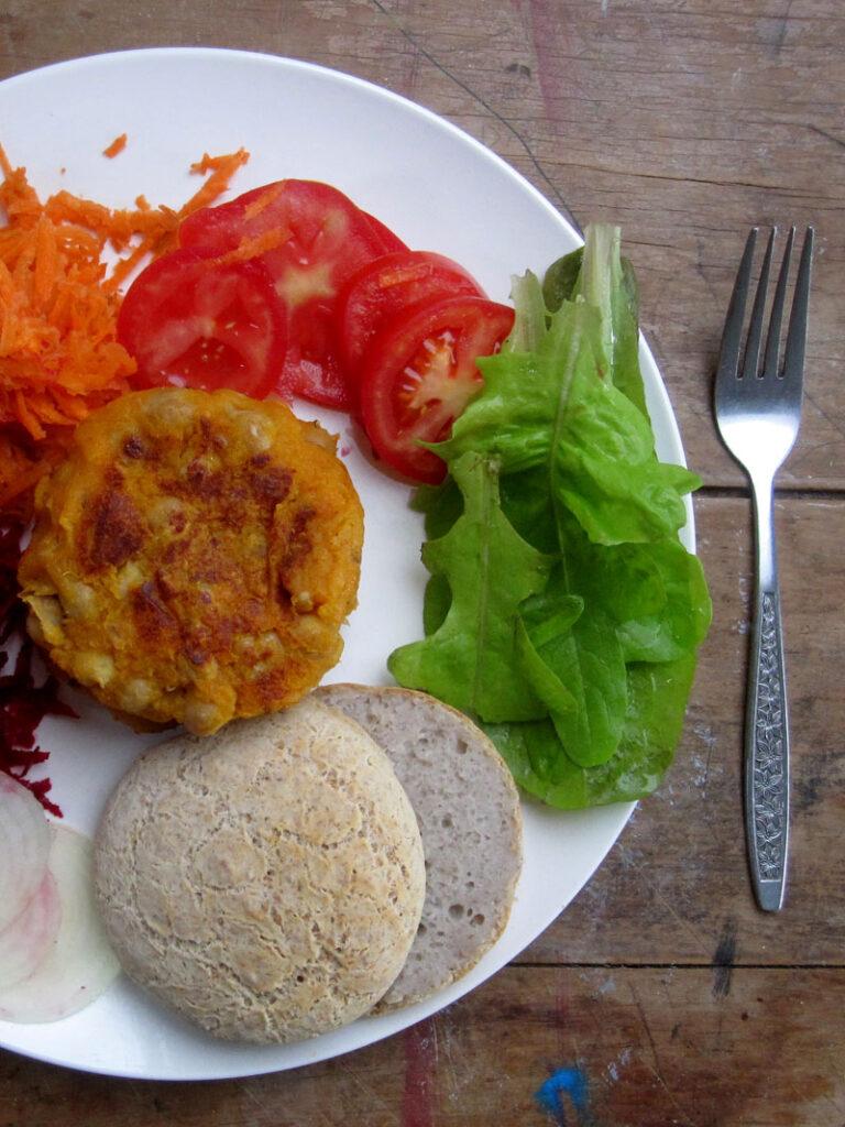 Vegane Glutenfreie Kichererbsen Suesskartoffel Burger Rezept