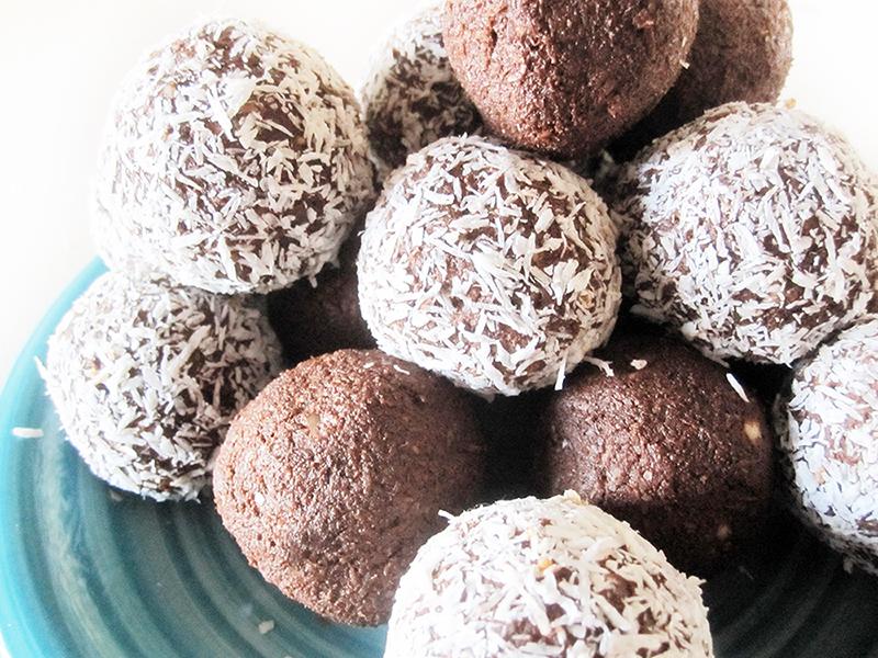 Vegan Gluten free Nut free ned Chocolate Balls