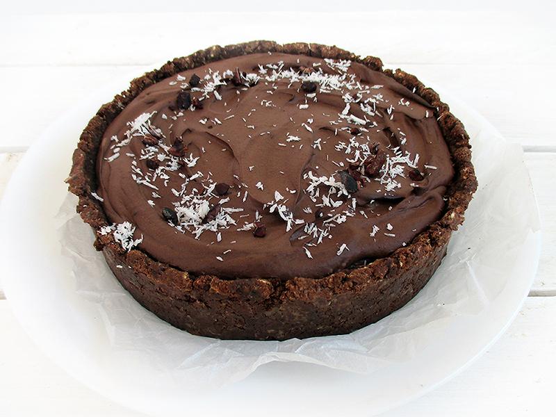 Vegan Gluten free Nut free Fruit Sweetened No Bake Chocolate Cake Recipe 2