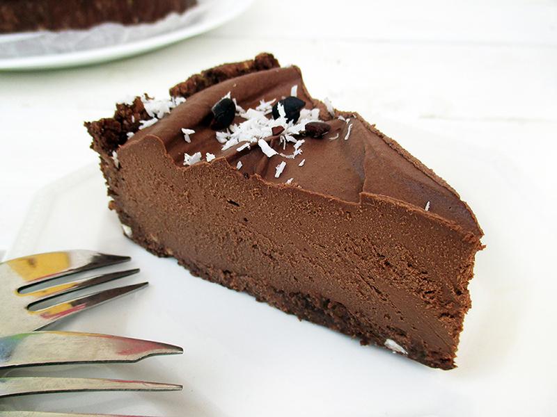 Vegan Gluten free Nut free Fruit Sweetened No Bake Chocolate Cake Recipe 4