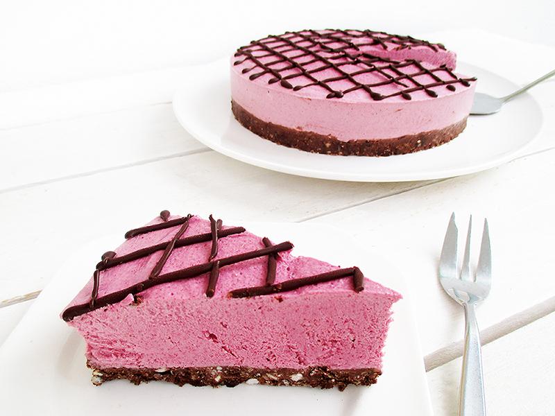 No-Bake Vegan And Gluten-free Raspberry Chocolate Cake