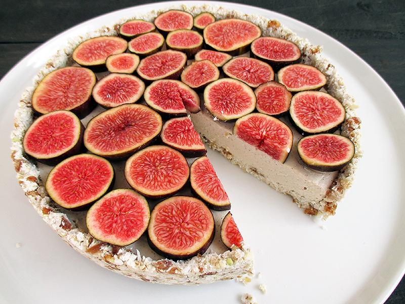 Vegan Gluten free Nut free No Bake Vanilla Fig Tart Fruit Sweetened Recipe 2