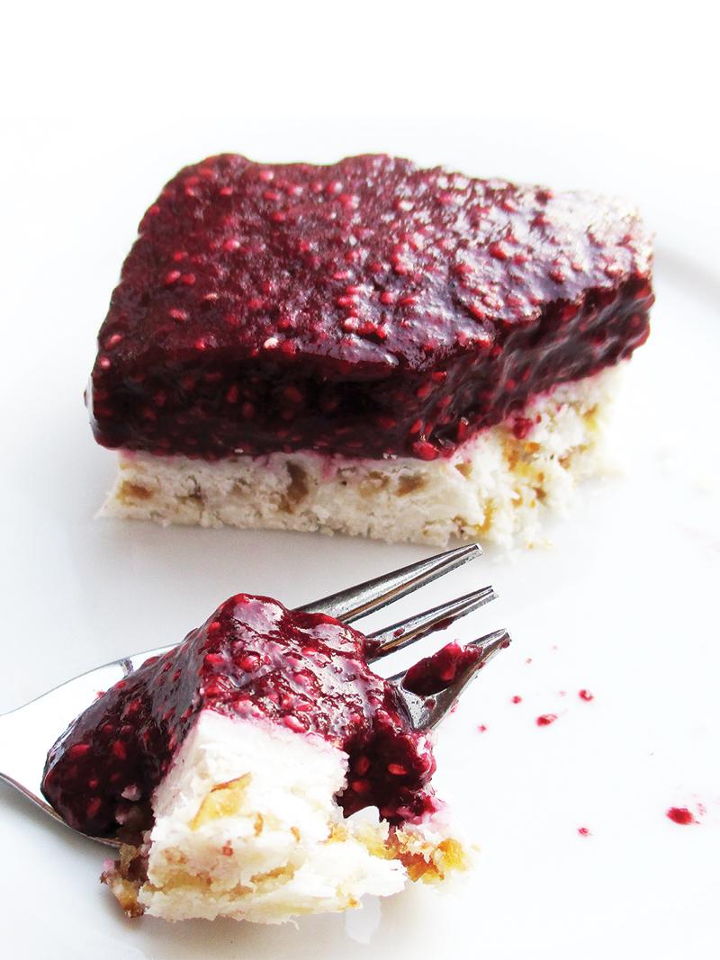 Vegan Gluten free No Bake Berry Coconut Cake Slices Fruit Sweetened Recipe 6