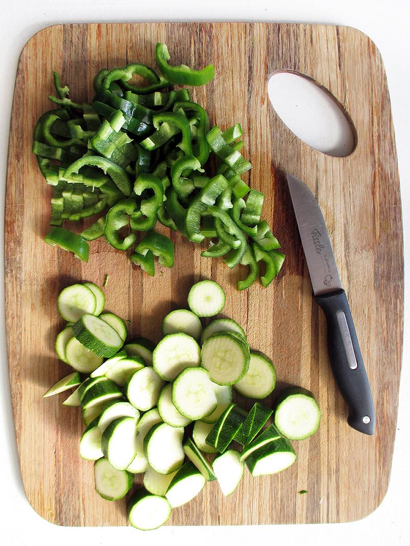 Veganes Glutenfreies Einfaches Gruenes Gemuese Curry Rezept 1