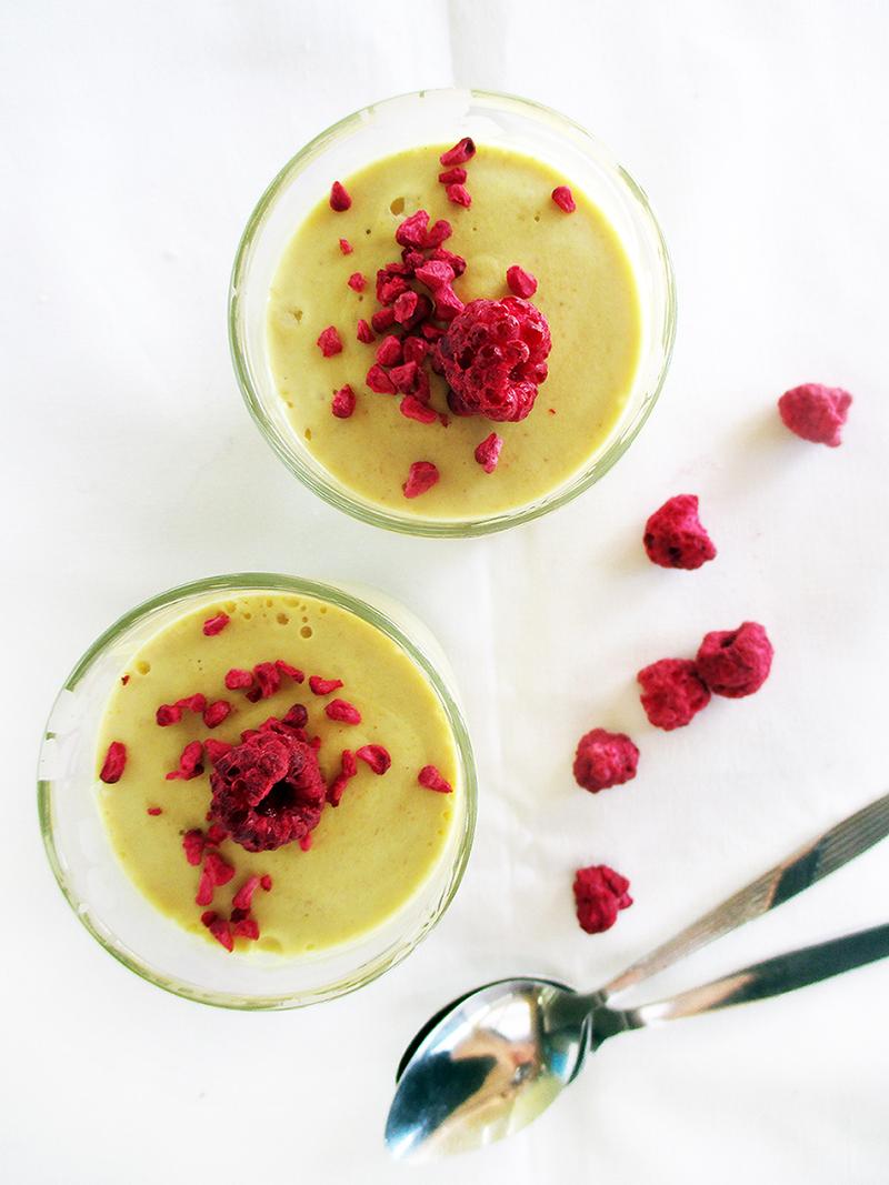 Vegane Zitronen Kokos Mousse