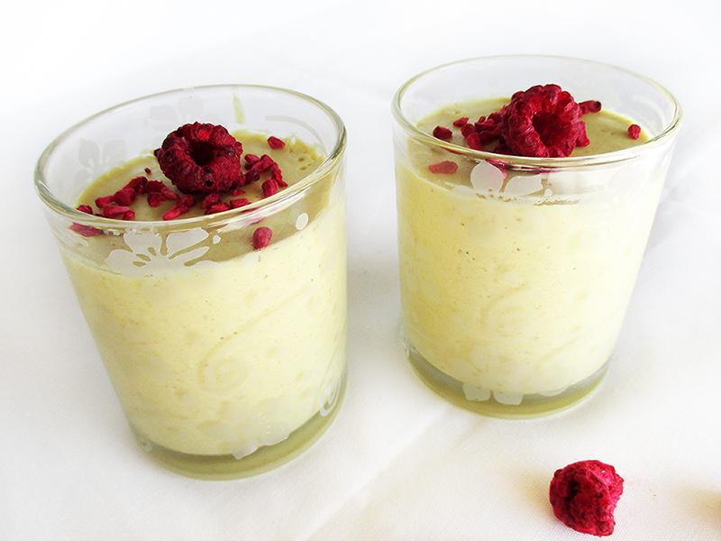 Zitronen-Kokos-Mousse Rezept - laktosefrei, glutenfrei und vegan