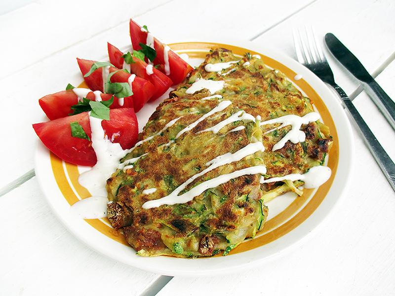 Vegane Glutenfreie Zucchini Basilikum Tomate Bratlinge Rezept 2
