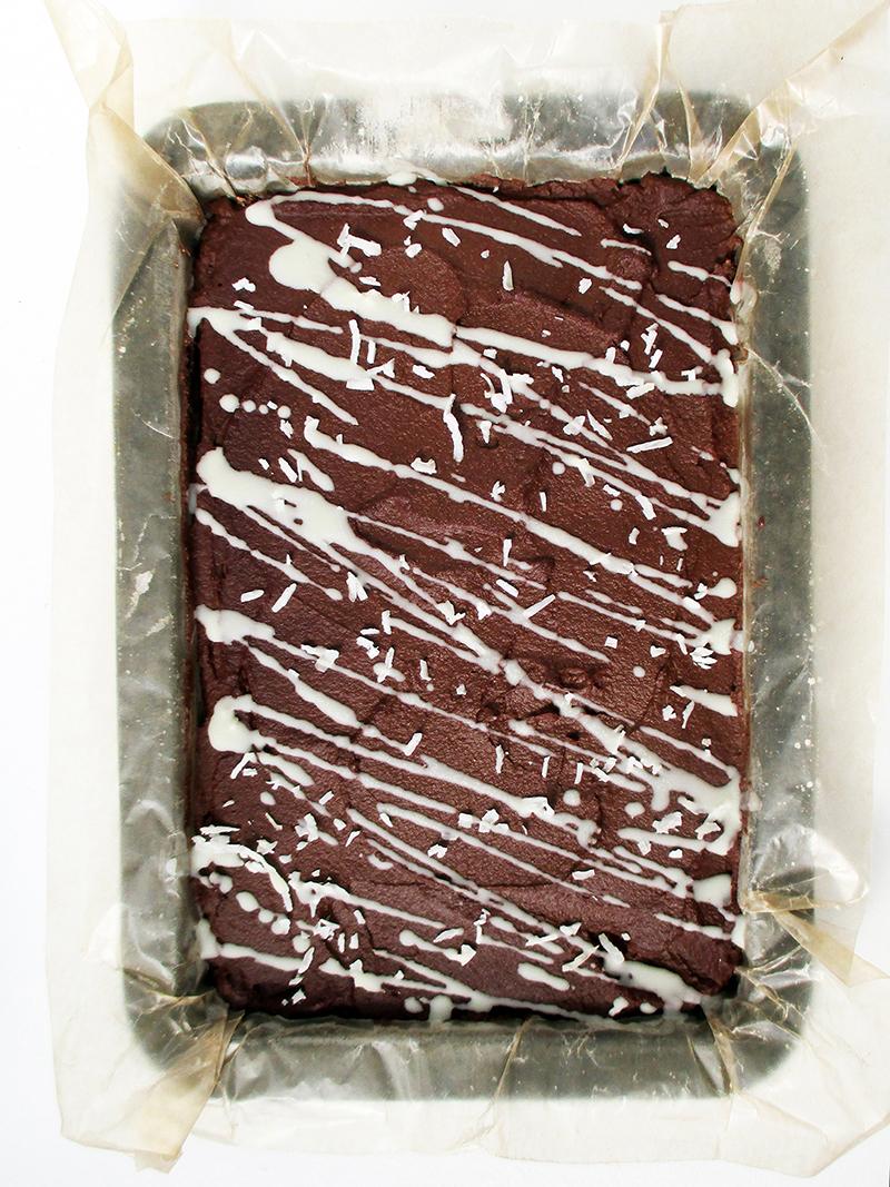 Vegan Gluten free Nut free No Bake Brownie Slice Recipe 0