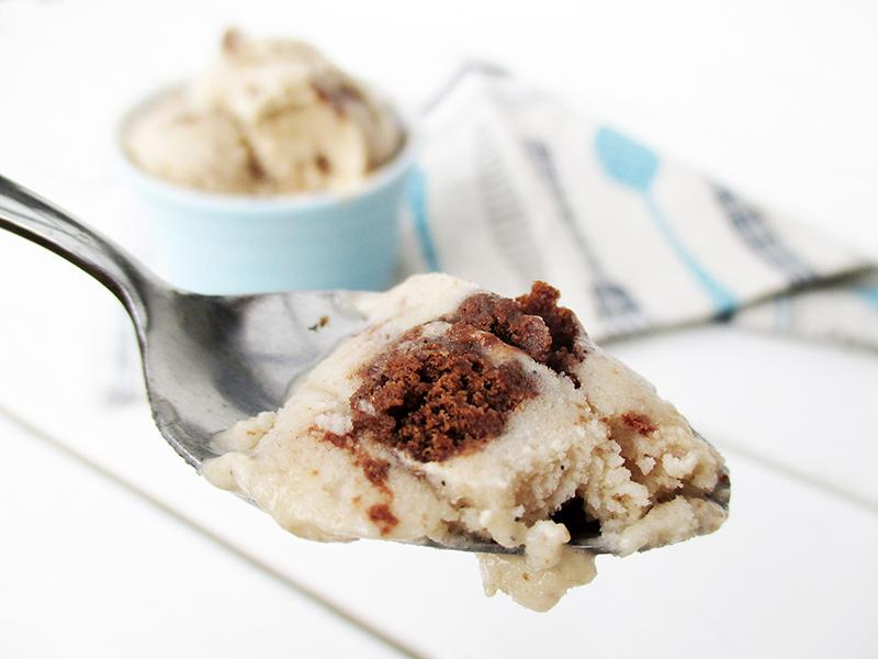 Vegan Gluten free Dairy Free Cookie Cream Ice Cream Without Refined Sugar Recipe 3