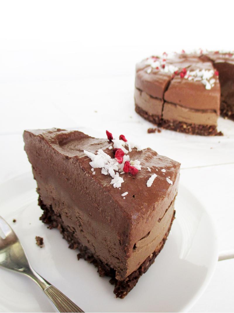 Veganer Doppelter Rohkost Schoko Kuchen