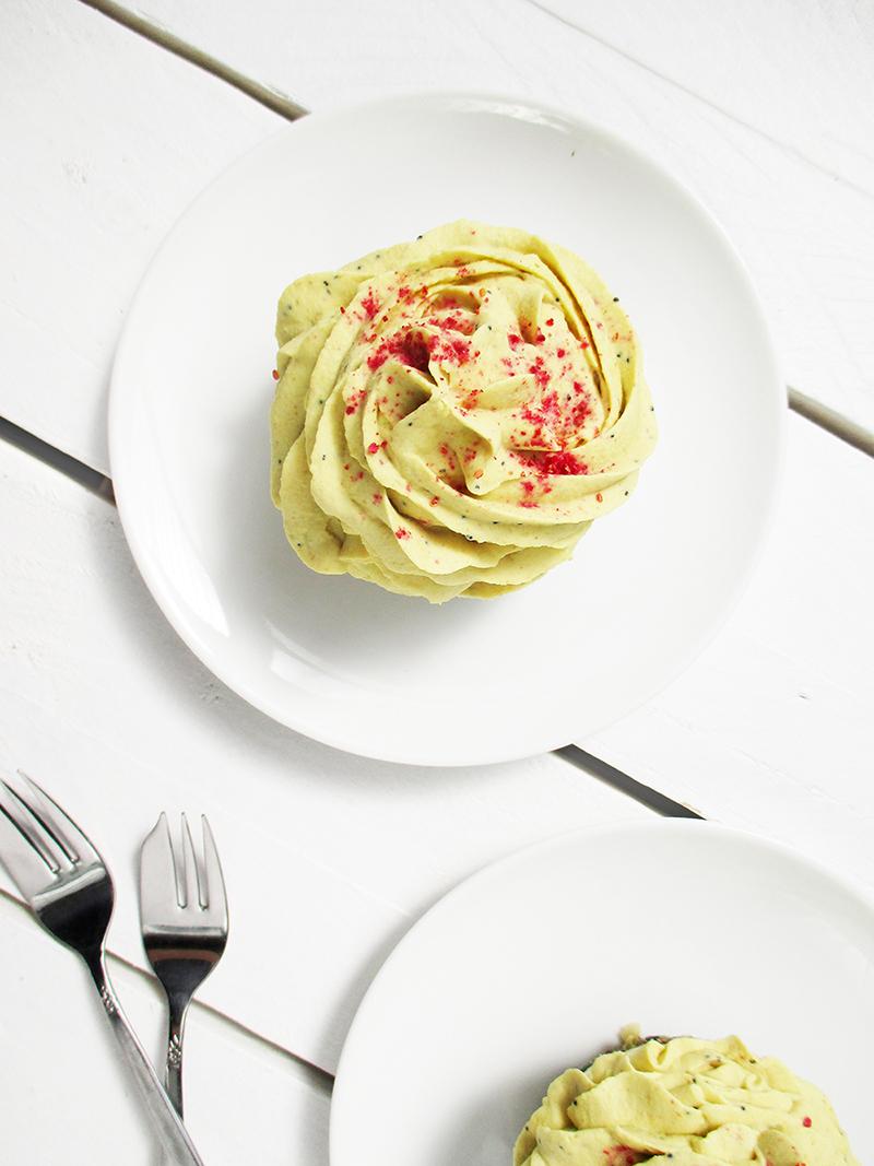 No Bake Vegan Gluten free Dairy free Lemon Poppy Seed Cake Tartlets Recipe 3