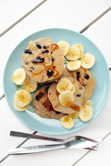 Vegane Glutenfreie Blaubeer Bananen Pfannkuchen Ohne Zucker Ohne Milch Ohne Ei Rezept 1 1