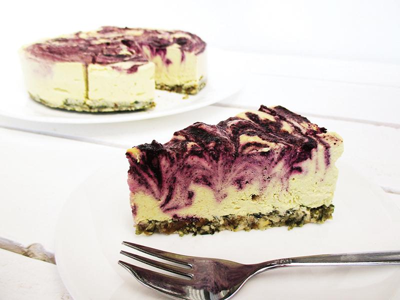 No-Bake Lemon Blueberry Cake