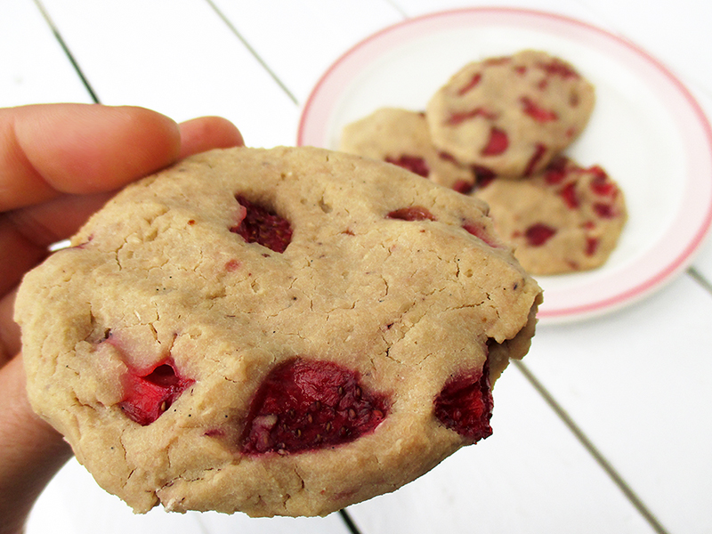 Vegan Gluten free Strawberry Vanilla Cashew Recipe Rezept 4