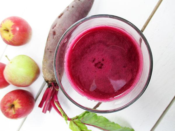 The Vegan Monster Optimum 700 Cold Press Juicer Test Review - Red Beet Apple Ginger Juice Recipe
