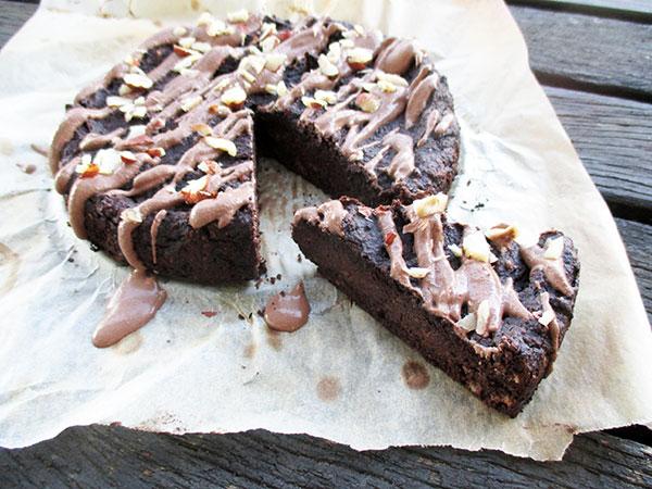 02 Veganer Glutenfreier Nussiger Schokoladen Kuchen Ohne Kristallzucker Rezept 1