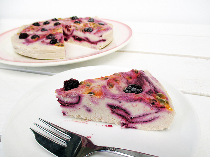 No Bake Vegan Gluten free Refined Sugar Free Raw Berry Passion Macadamia Cake Recipe 5