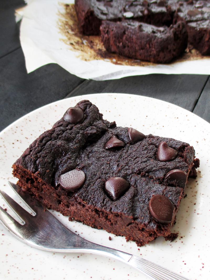 Vegane Glutenfreie Erdmandel Brownie Schnitten Ohne Nuesse Rezept 2