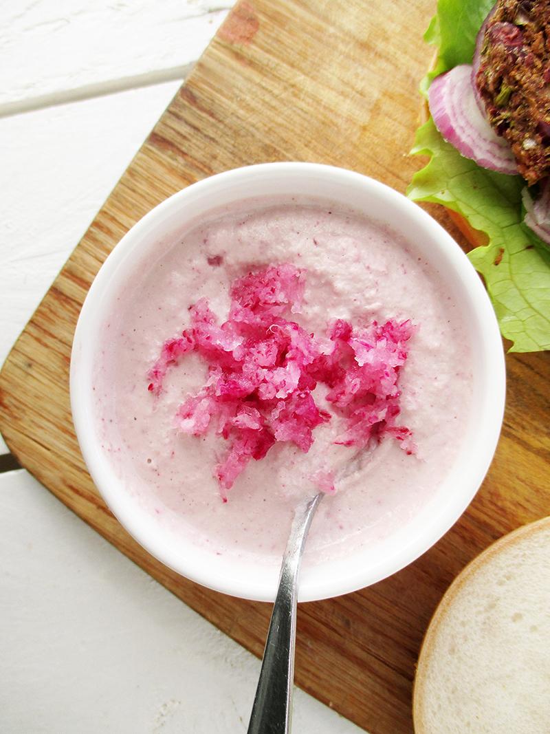 Veganer Glutenfreier Rohkoestlicher Radieschen Dip Sosse Sauce Rezept 02