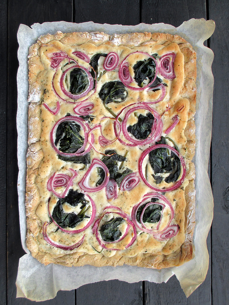 Vegan And Gluten-free Tarte Flambée / Pizza