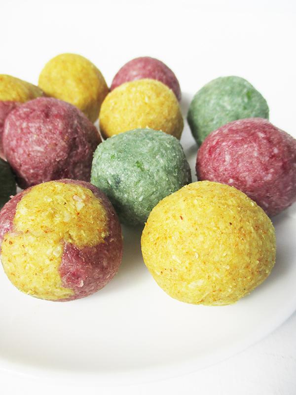 Fruity Blissballs (Vegan, Gluten-free, No refined Sugar)