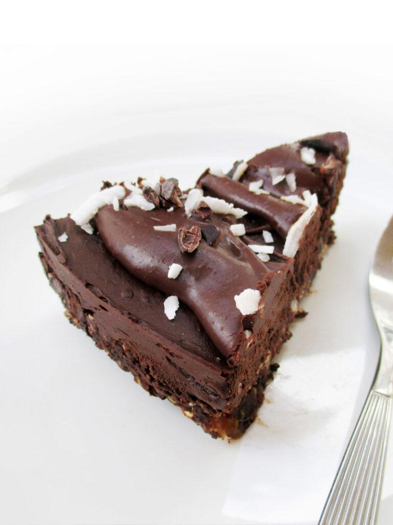 Vegan Gluten free No Bake Avocado Chocolate Mousse Cake Without Nuts Recipe 5