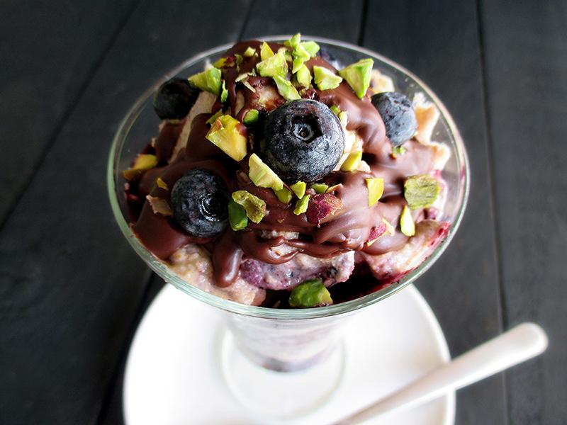 Sundae Sunday Vegan Gluten free Dairy free Almond Vanilla Ice Cream With Blueberry Sauce Recipe 4