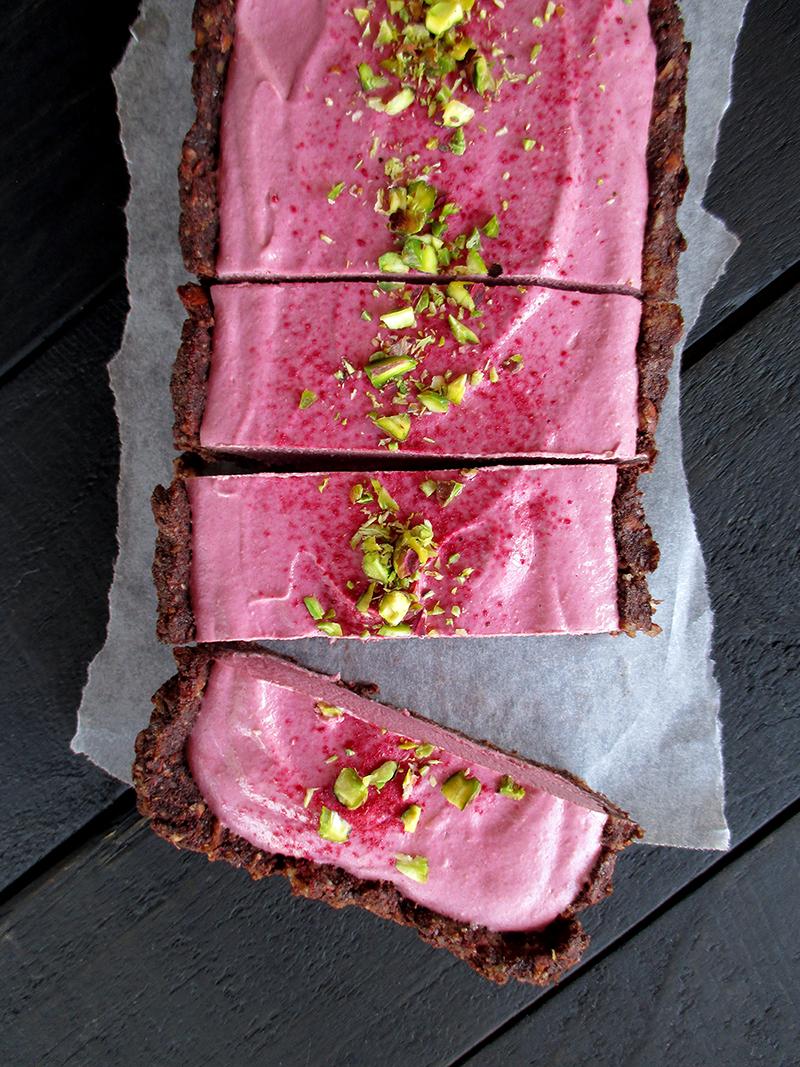 Vegan Gluten free Fruit Sweetened No Bake Raspberry Chocolate Tart Recipe 2