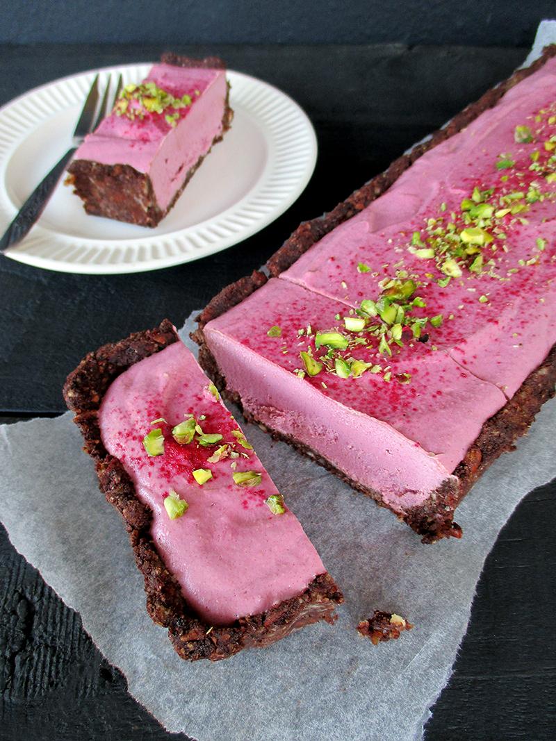 Vegan Gluten free Fruit Sweetened No Bake Raspberry Chocolate Tart Recipe 5