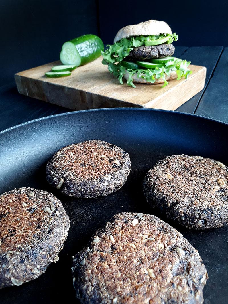 Vegane Sonnenblumen Pilz Burger Rezept